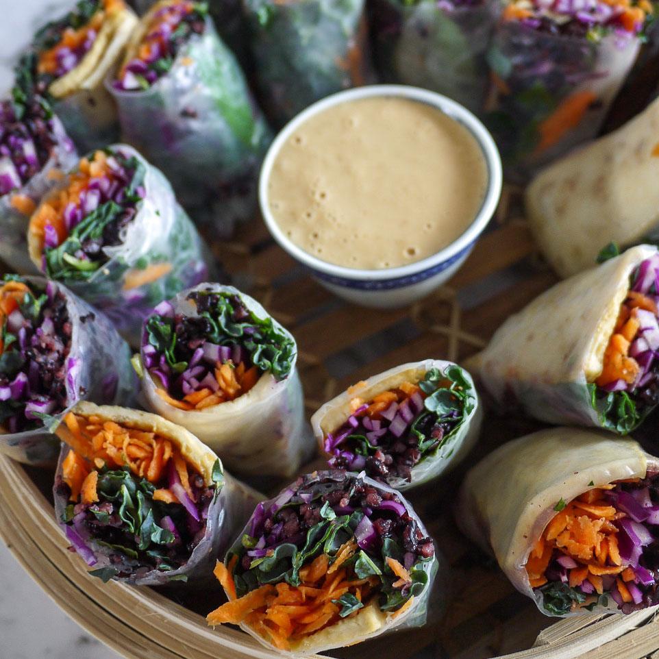 Healthy rice paper rolls